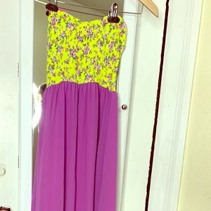 Floral strapless maxi